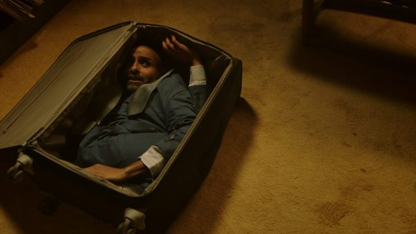 The-Man-in-the-Suitcase-1320x743